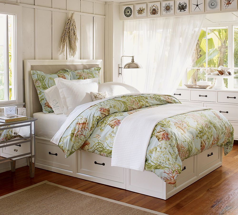 Pottery Barn Stratton Bed with Drawers 1000 x 900