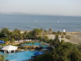 ¿Qué por qué me gusta Cartagena? Por el mar, el azul infinito del agua, así sea solo en fotos...