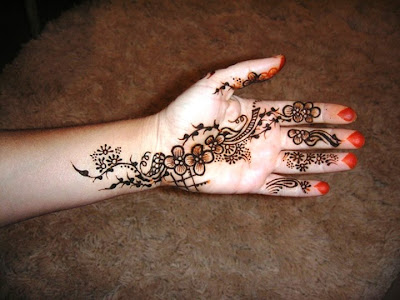 Creative+Mehndi+Design Arabic Hand++018 Mehndi Designs for Fingers