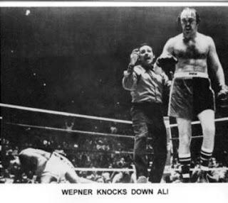 Muhammad Ali vs Chuck Wepner