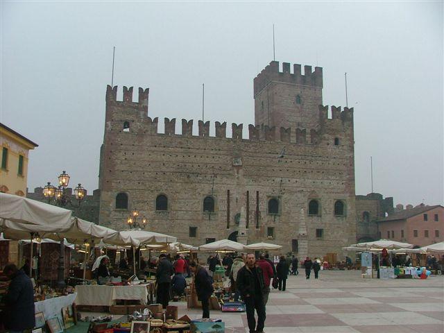 [Marostica_02-09_010.jpg]