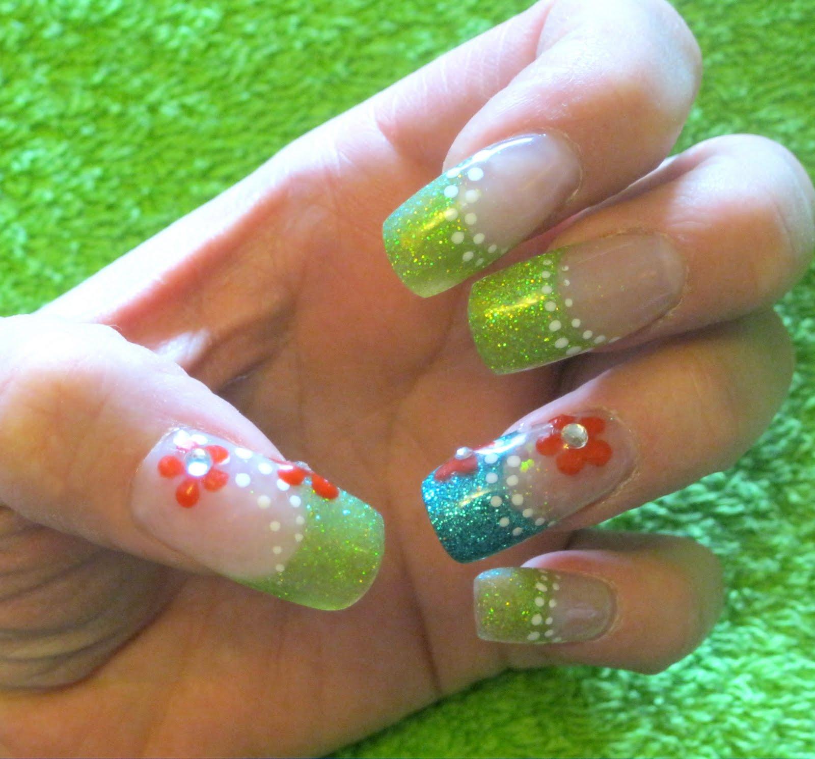 Рисунок на ногтях одним цветом