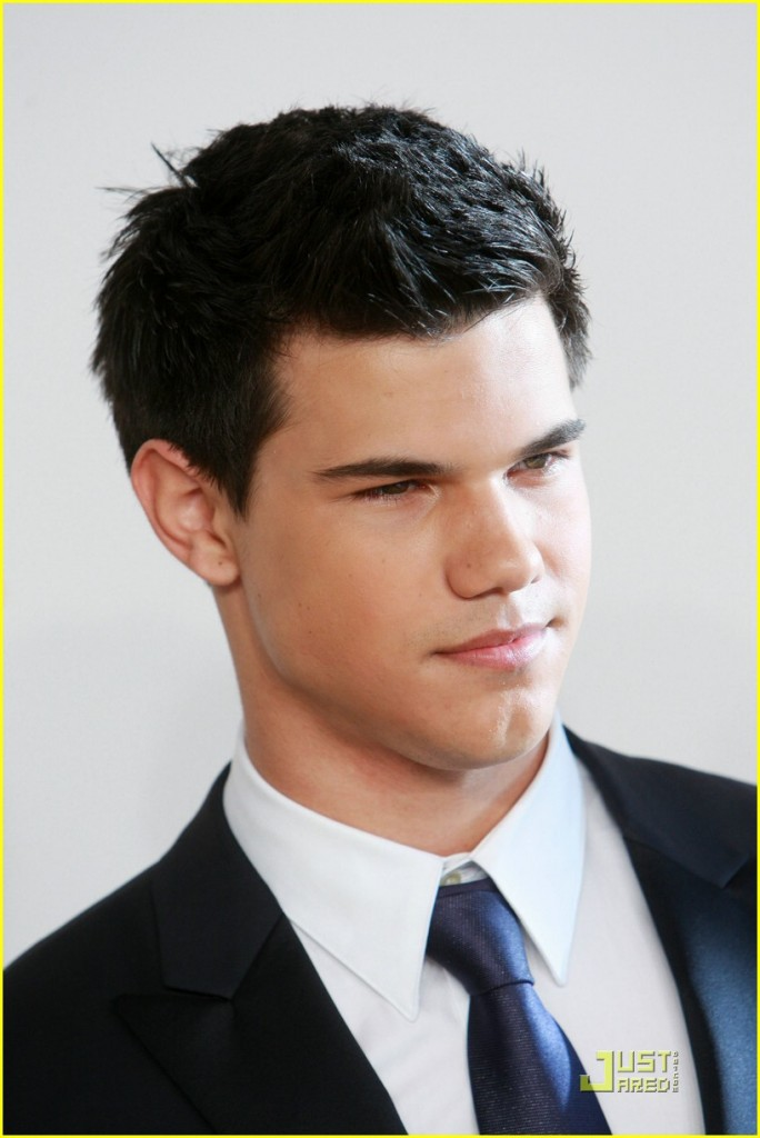 Taylor Lautner,Jacob Black Hairstyles,Jacob Black,twilight breaking dawn