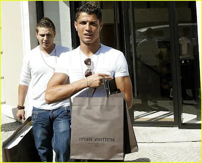 cristiano ronaldo shop 4