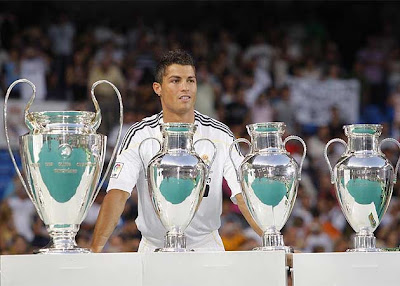 Cristiano Ronaldo 9 - Real Madrid Player