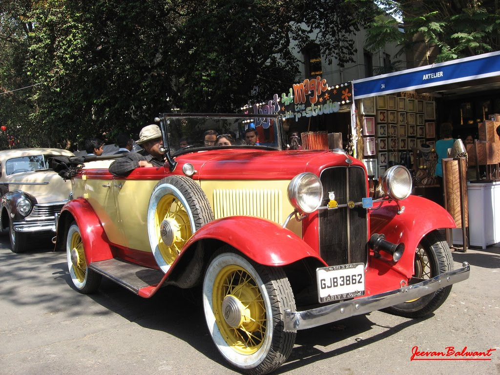 Classic Cars: Vintage Cars