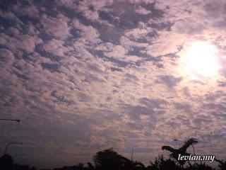 Sky (Photograph)