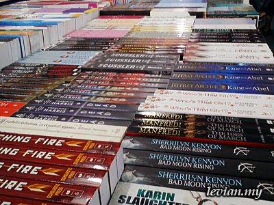 Books (SE f100i)