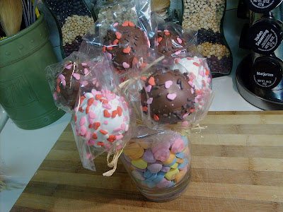 Cake Pops . . . Valentine Bouquets