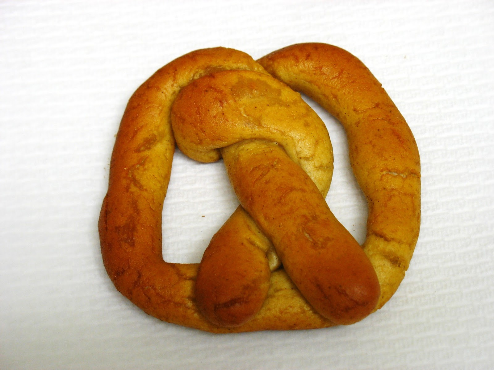 The Gluten Free Spouse: Gluten Free Soft Pretzels