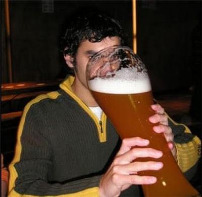 * Isso é beber cerveja