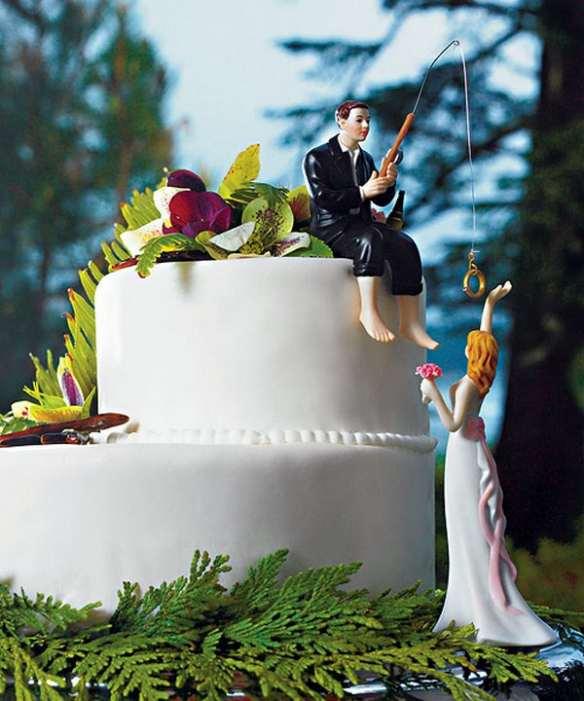 Фотосессия статуэтка на торте свадьба