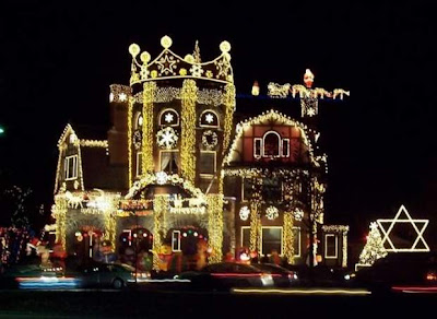Beautiful Houses in Christmas Lights