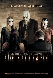 Los extraños (2008) [Latino]