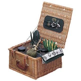 Garden tool kit garden gift basket for Gardening tools gift basket