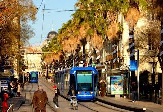 Le tramway entre la gare et la Comédie