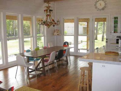 LOVE WHERE YOU LIVE: Retro-modern Farmhouse Home Tour