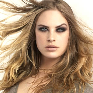 http://1.bp.blogspot.com/_fxdGu9YsUAM/S_vfUrQFrxI/AAAAAAAACA8/w8J8cabmrNg/s320/Hair+Color+Trends+For+2010.jpg
