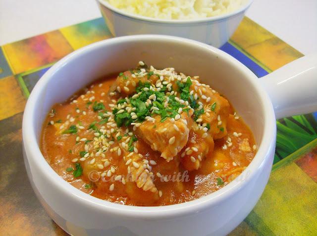Curry de pui cu rosii in lapte de cocos