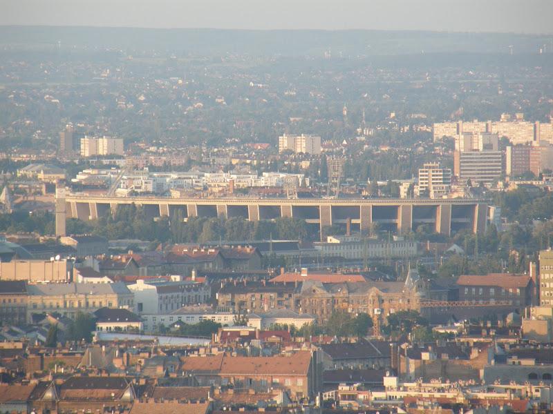 Belváros, Budapest: Citadella, korrupció: lopjon el egy erődöt