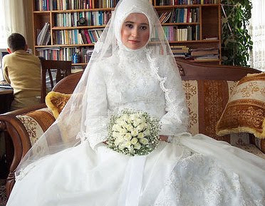 Wedding Gown Options: Beautiful Muslim Wedding Dress n Kebaya