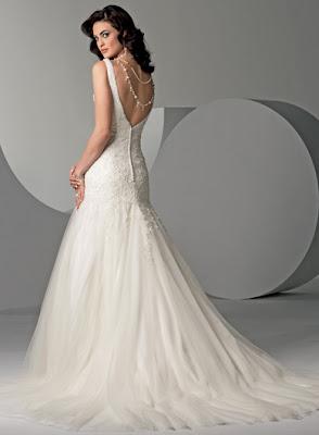 Beautiful wedding dress white option
