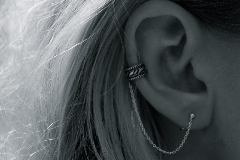 Sterling silver SMALL ear cuff with chain title=