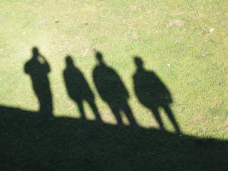 Si produciamos sombras, se puede decir que estabamos, ¿no?