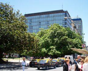 TRIBUNALES CIV COM FED Y ABOGADOS ESPERANDO COMBIS INTERZONALES Y JUSTICIA