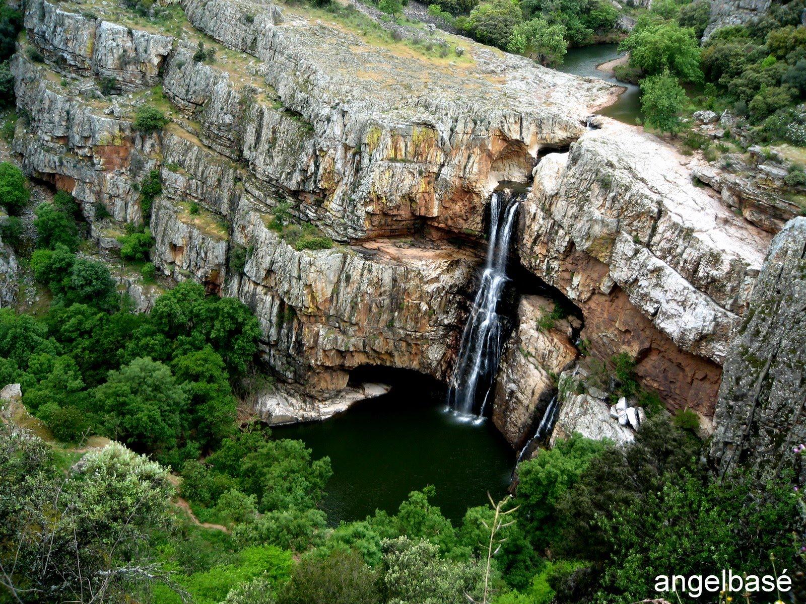 Cascada La Cimbarra, Aldeaquemada (Jaén), Spain