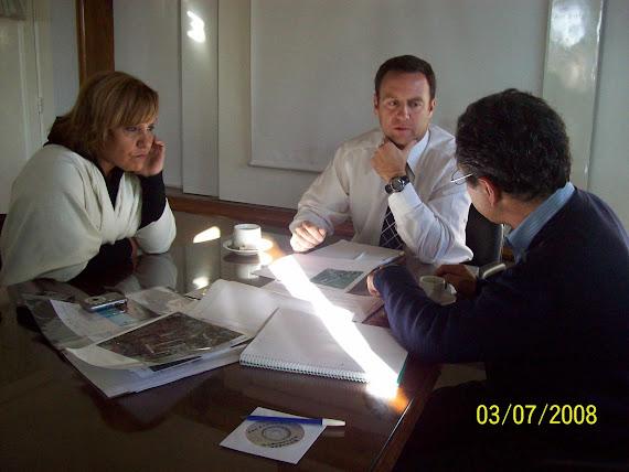 Por gestion del terreno reunion en Ministerio de Seguridad con Sra Dip. Cristina Perez