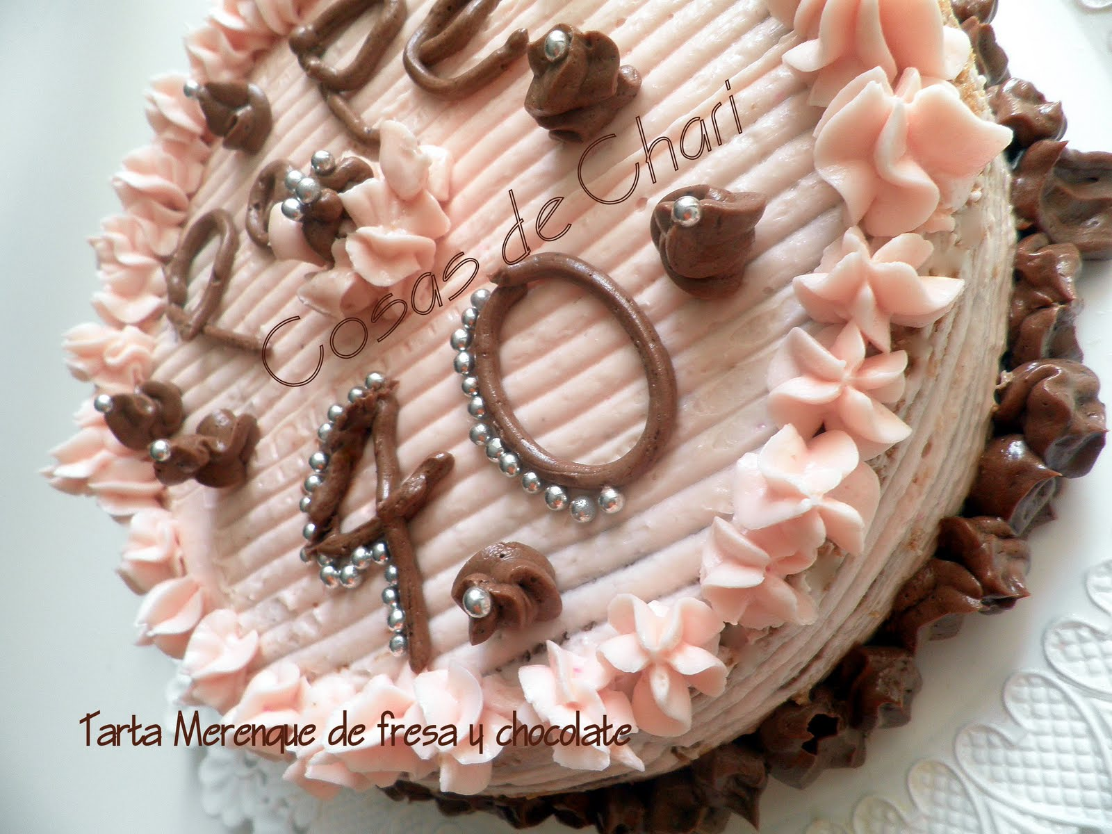 Cosas de Chari: Tarta Merengue de Fresa y chocolate