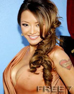tila tequila hot blogger
