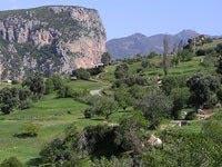Vue du Café Rueda sur la vallée d'Akchour
