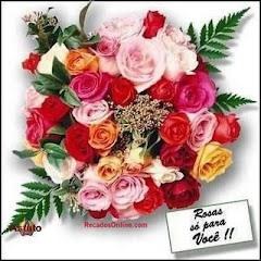 Ofereceram-me estas rosas,a Leonor do oparaisooatrai.blogspot.com/ obrigada amiga.