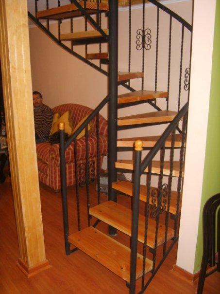 Escalas de todo tipo semi caracol - Escaleras semi caracol ...