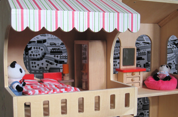 project: project: dollhouse furniture review: educo hape