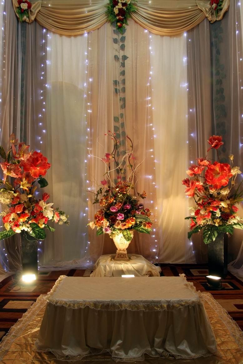 Dekorasi dalam rumah ruang tamu for Dekorasi kamar pengantin di hotel