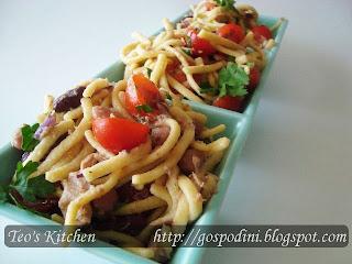 Articole culinare : Salata de ton cu fasole boabe