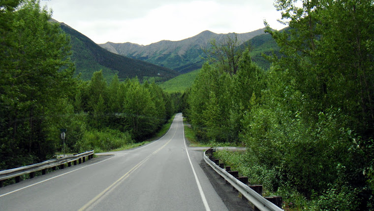 Road into Hope, Alaska