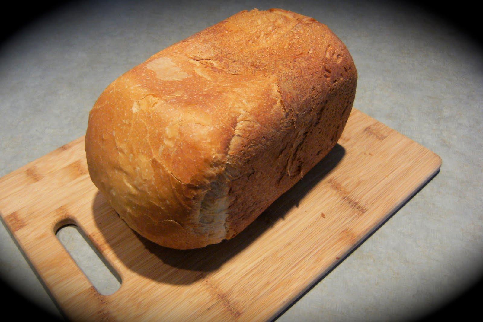 My Retro Kitchen: Millie's Whole Wheat Challah