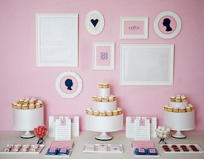 BUSCUT: Colorful dessert tables