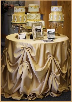 cake table linen advice project wedding forums. Black Bedroom Furniture Sets. Home Design Ideas