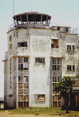 16/12/12 - Operación Trueno, 90 minutos en Entebbe - La Granja Airsoft                                                                                                                                                                                          Entebbe+old+terminal+tower+after+raid+rescue+thunderbolt+trueno+yonatan+jonathan+yonathan+rescate+vieja+terminal+antigua+aeropuerto+airport