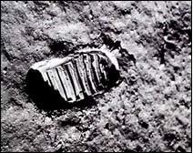 moon landing hoax NASA Apollo 13