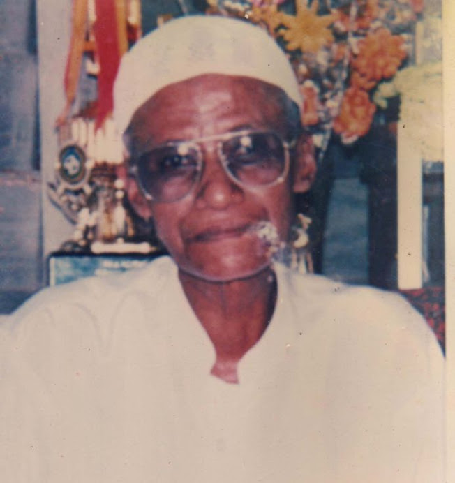 Almarhum Ustaz Ayahngah Tahir Alkasyif