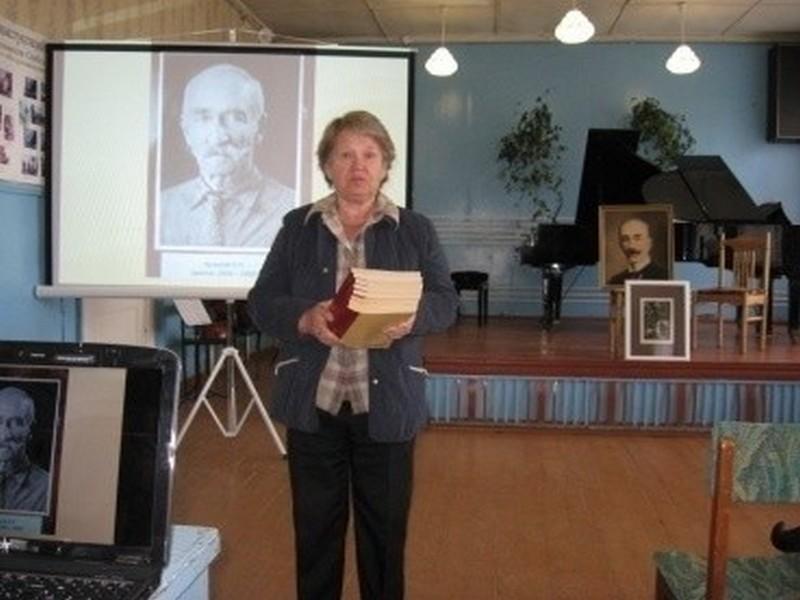 """Акция""""подари библиотеке книгу в Колпашево,Анбэцу"""