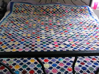 Crocheting Ideas | Project on Craftsy: Scrap Yarn Afghan
