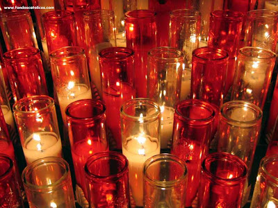 VUKOVAR White-and-red-votive-candles-in-church