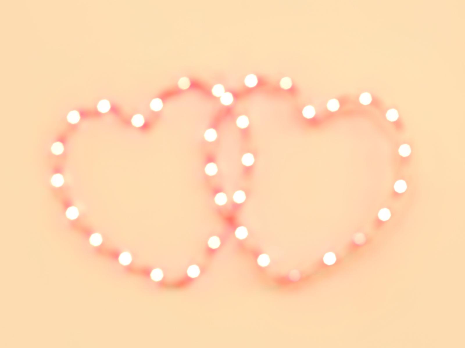 http://1.bp.blogspot.com/_gNKspf9e4ns/TUMwSxSMkrI/AAAAAAAACnw/qMmiVjGvkp0/s1600/Soft_Pink_Hearts_Wallpaper_VDAY.jpg